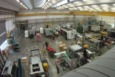 stampaggio materie plastiche e produzione stampi industriali